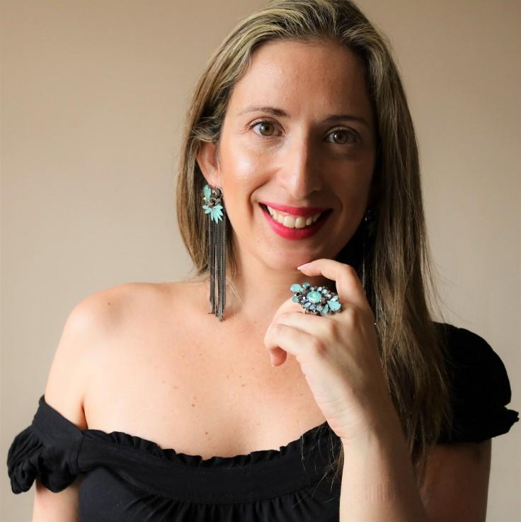 Maxi brinco com franjas pedras e strass azul turquesa | Maxi anel com strass e pedra azul turquesa