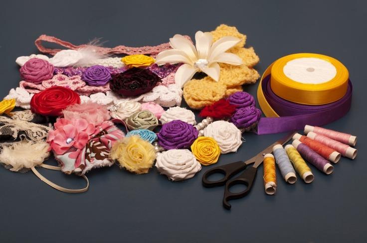 Materiais diversos para crochê