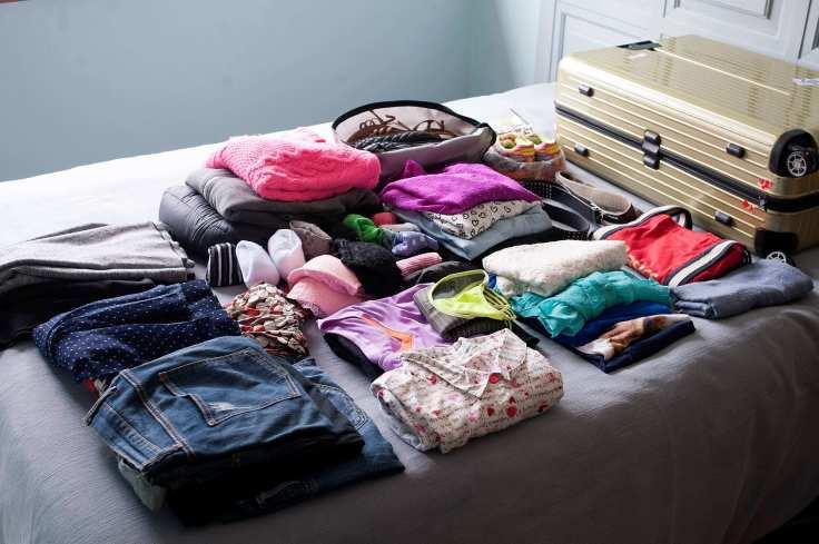 Como arrumar a mala de viagem para 7 dias na praia de acordo com o estilo pessoal