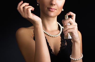 mulher classica perfumes