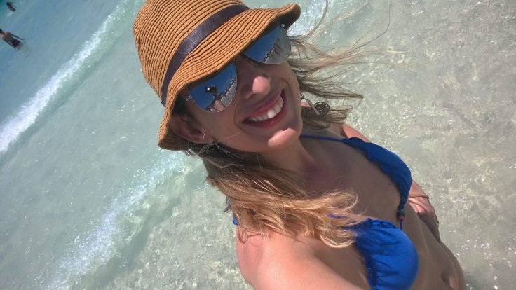 Chapéu de praia - Lojas Renner